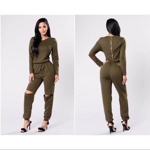 Fashion Nova Green Jumpsuit *LIKE NEW*